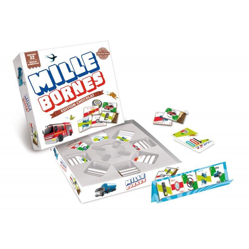 Le jeu original Mille Bornes avec pièces de jeu en chocolat au lait belge, plateaux de rangement et cartes de jeu